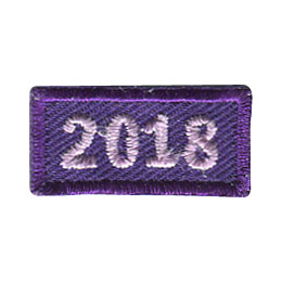 This 1 inch wide by 0.5 inch high rocker forms a straight-edged rectangle. The year 2018 is embroidered in a bold font.