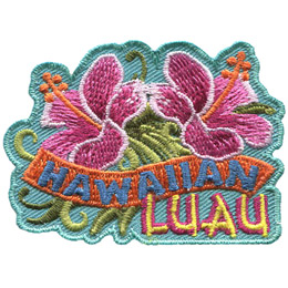 Two Hawaiian Hibiscus, beautiful pink flowers with a long stamen, face away from each other. A banner that says 'Hawaiian' weaves underneath the flowers and the word 'Luau' rests at the bottom of the badge.